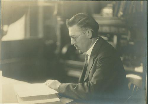 Photo of Willis H. Rich